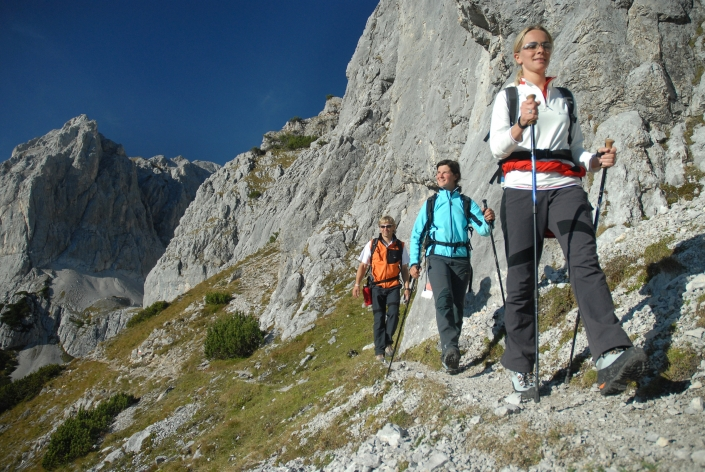 Hiking in the Dachstein Mountains - Organic farm Rupbauer