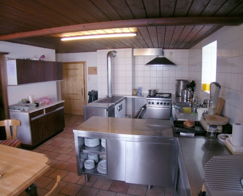 Kitchen in the self-catering house Bio farm Rupbauer
