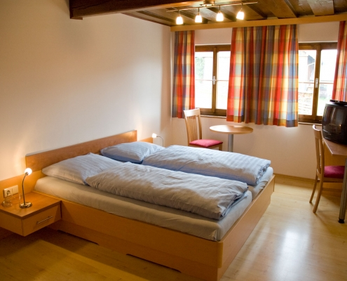 nicely furnished double rooms in the organic farm Rupbauer-Ramsau am Dachstein